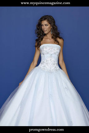 1b93ca64f8 GET QUINCE IDEAS  A Winter Wonderland Theme - My Quince