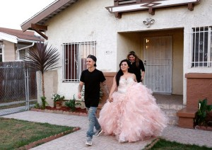 Justin-Bieber-Surprises-Quince-Girl-on-Knock-Knock-Live