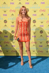 Bella-Thorne-Dress-Teen-Choice-Awards-2015