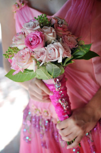 Pink-Rose-Flower-Bouquet-for-your-Quinceanera